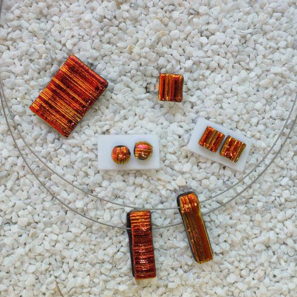 Rot-Orange-Streif